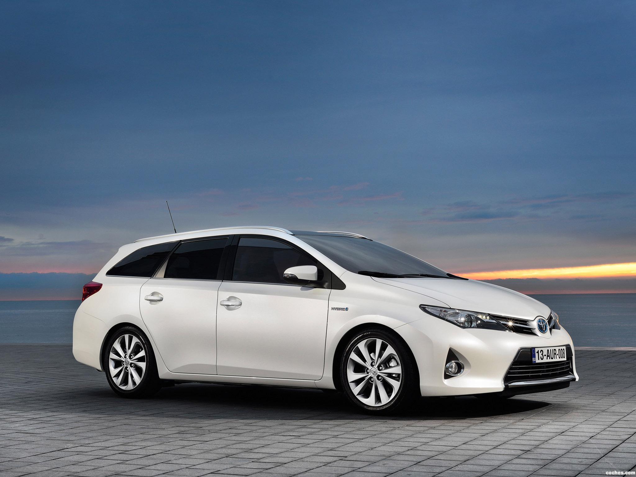 Foto 23 de Toyota Auris Touring Sports Hybrid 2013