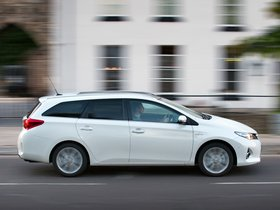 Ver foto 2 de Toyota Auris Touring Sports Hybrid UK 2013