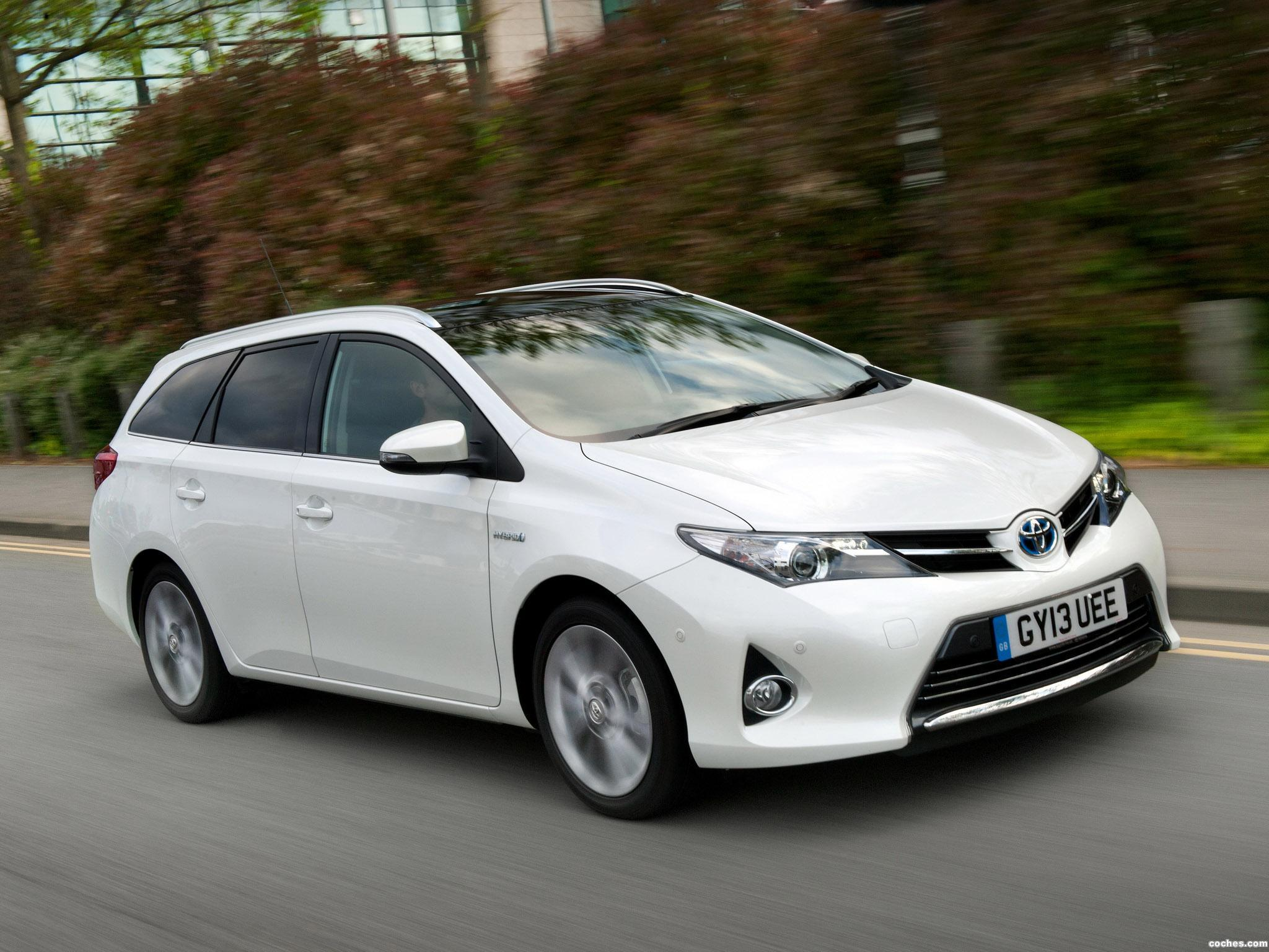 Foto 0 de Toyota Auris Touring Sports Hybrid UK 2013