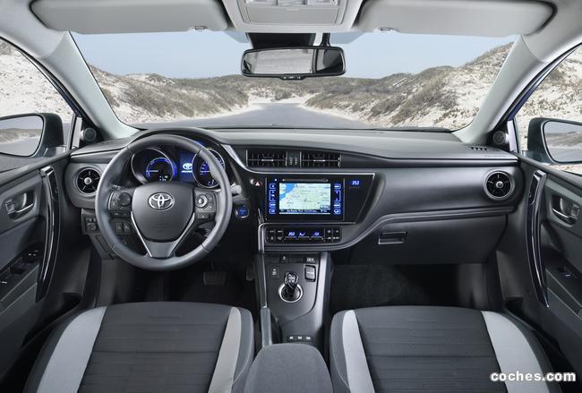 Foto 37 de Toyota Auris 2015