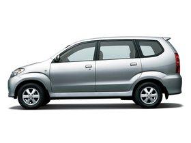 Ver foto 2 de Toyota Avanza 2003