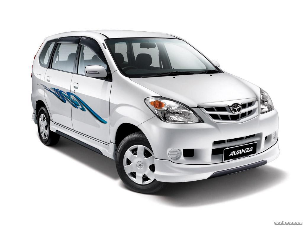 Foto 0 de Toyota Avanza 2011