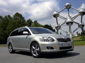Ver foto 20 de Toyota Avensis Wagon 2007