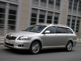 Ver foto 18 de Toyota Avensis Wagon 2007