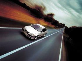 Ver foto 12 de Toyota Avensis Sedan 2000