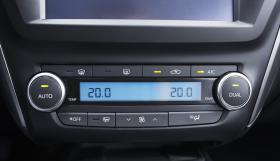 Ver foto 30 de Toyota Avensis 2015