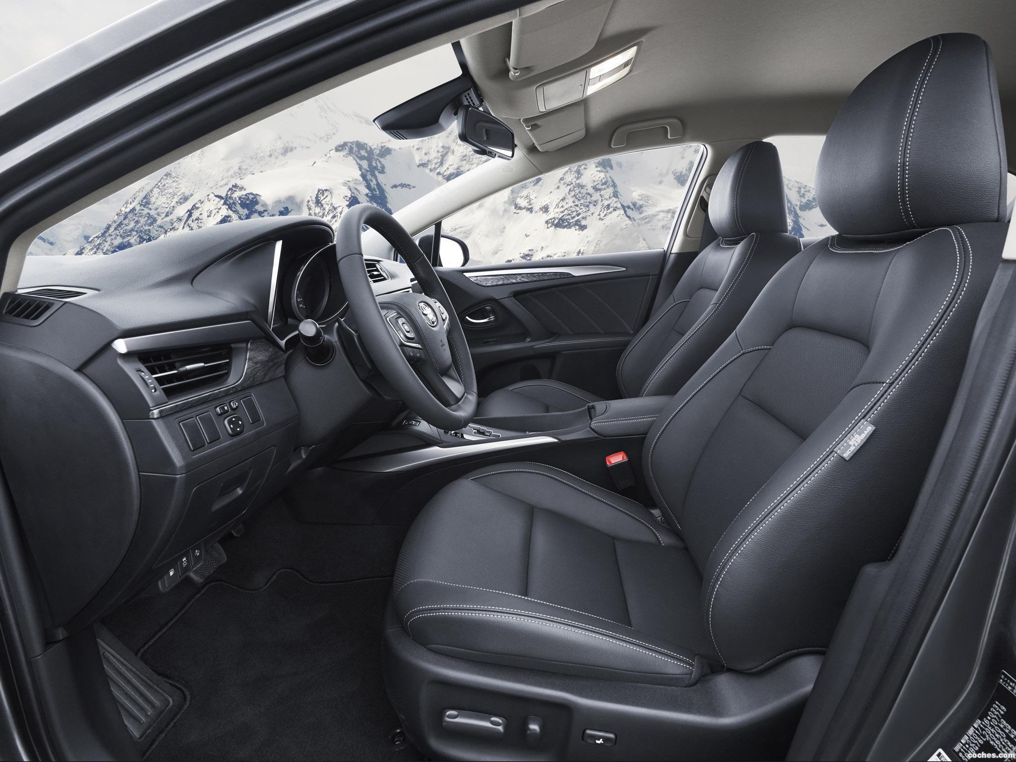 Foto 26 de Toyota Avensis Sedan 2015