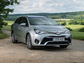 Fotos de Toyota Avensis Touring Sports UK 2015