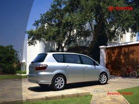 Ver foto 12 de Toyota Avensis Verso 2001