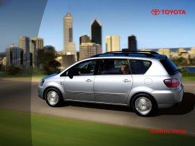 Ver foto 11 de Toyota Avensis Verso 2001