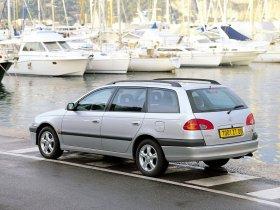 Ver foto 2 de Toyota Avensis Wagon 1997