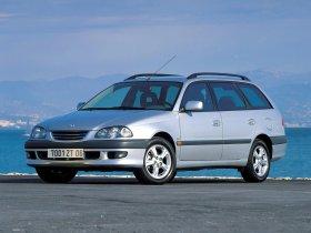 Fotos de Toyota Avensis Wagon 1997