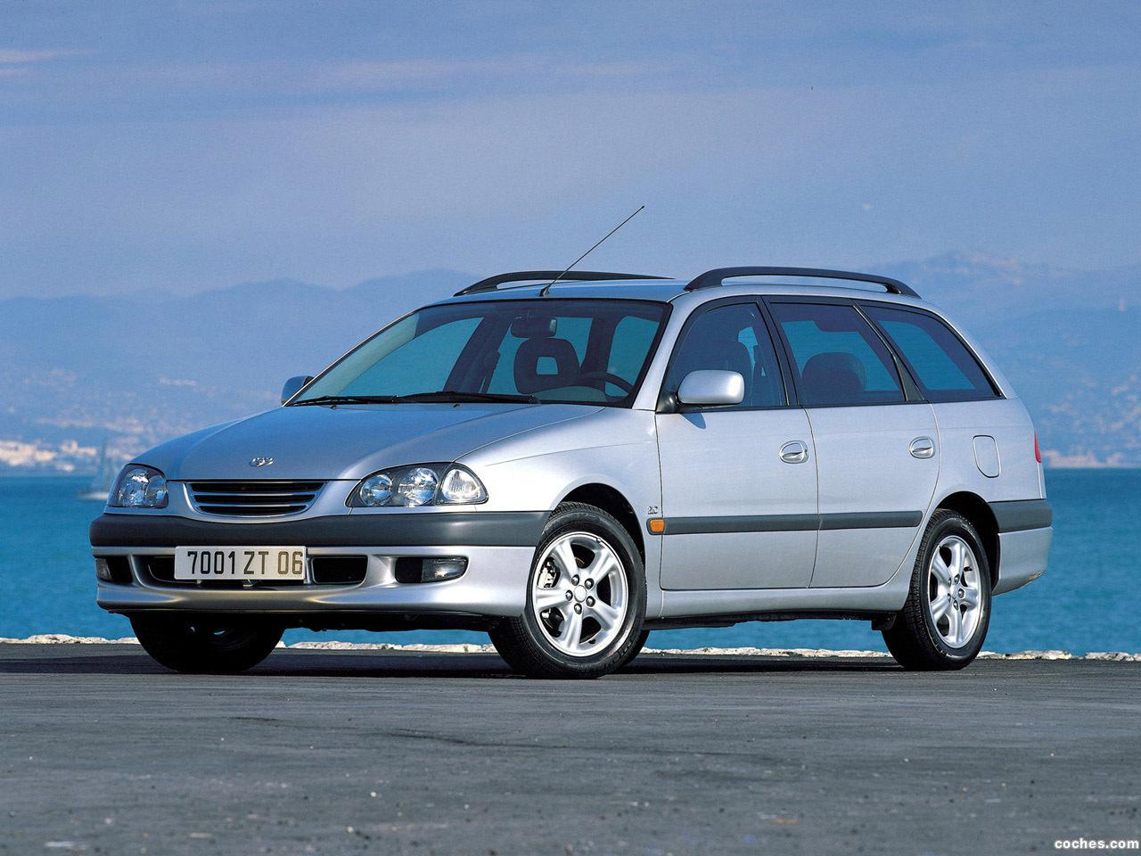 Foto 0 de Toyota Avensis Wagon 1997
