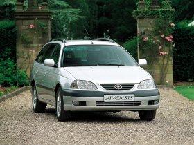 Ver foto 3 de Toyota Avensis Wagon 2000