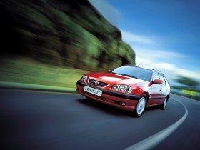 Fotos de Toyota Avensis Wagon 2000