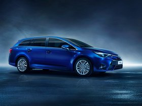 Fotos de Toyota Avensis Touring Sports