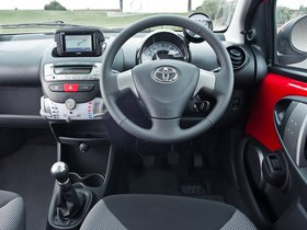 Ver foto 14 de Toyota Aygo 5 puertas Move with Style UK 2013