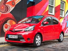 Ver foto 1 de Toyota Aygo 5 puertas Move with Style UK 2013