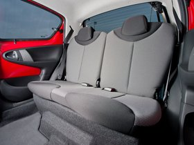 Ver foto 11 de Toyota Aygo 5 puertas Move with Style UK 2013