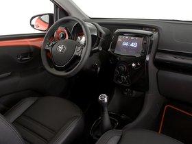 Ver foto 29 de Toyota Aygo 5 puertas X-Cite 2014