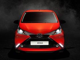 Ver foto 22 de Toyota Aygo 5 puertas X-Cite 2014