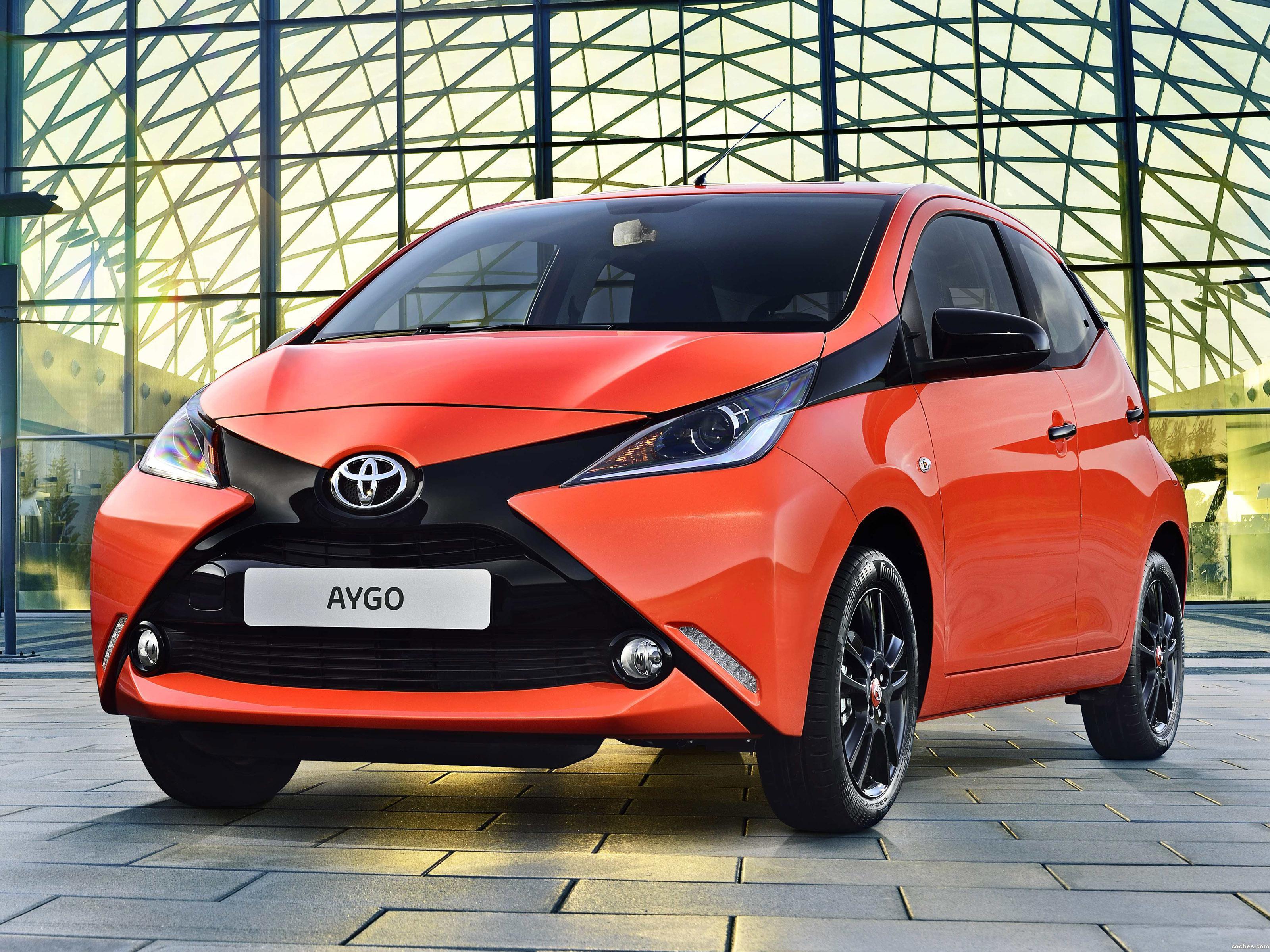 Foto 0 de Toyota Aygo 5 puertas 2014