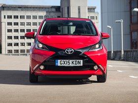 Ver foto 18 de Toyota Aygo X-Wave 5 puertas UK 2015