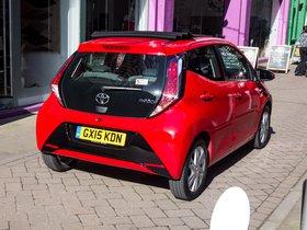Ver foto 16 de Toyota Aygo X-Wave 5 puertas UK 2015
