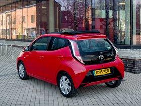 Ver foto 15 de Toyota Aygo X-Wave 5 puertas UK 2015