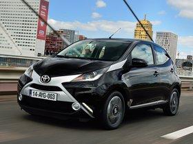 Fotos de Toyota Aygo X-Clusiv 5 puertas 2014