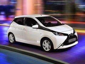 Ver foto 7 de Toyota Aygo x-play 5 puertas 2014
