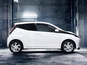 Ver foto 6 de Toyota Aygo x-play 5 puertas 2014