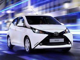 Ver foto 4 de Toyota Aygo x-play 5 puertas 2014