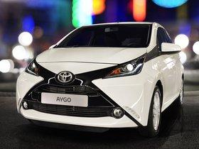 Ver foto 14 de Toyota Aygo x-play 5 puertas 2014