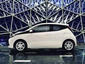 Ver foto 13 de Toyota Aygo x-play 5 puertas 2014