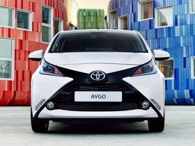 Ver foto 9 de Toyota Aygo x-play 5 puertas 2014
