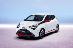 Ver foto 3 de Toyota Aygo 5 puertas 2018