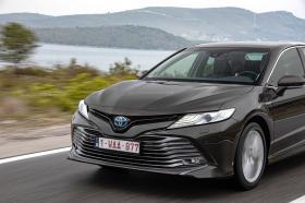Ver foto 16 de Toyota Camry Hybrid 2019