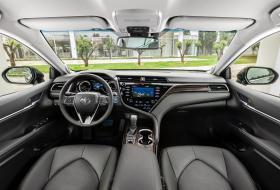 Ver foto 20 de Toyota Camry Hybrid 2019