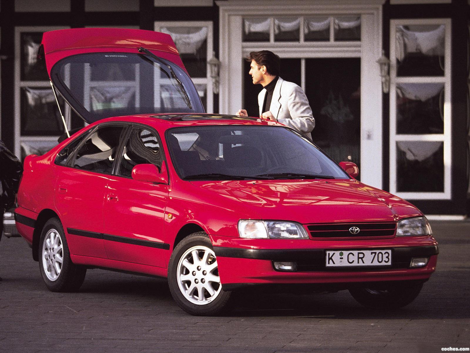 Foto 0 de Toyota Carina E Liftback ST190 1992
