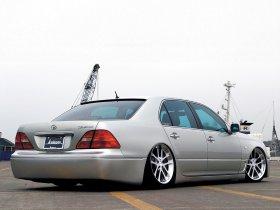 Ver foto 2 de Toyota Celsior by Kranze