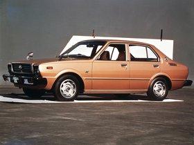 Ver foto 4 de Toyota Corolla 4 puertas Sedan E31 1974
