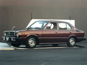 Ver foto 3 de Toyota Corolla 4 puertas Sedan E31 1974