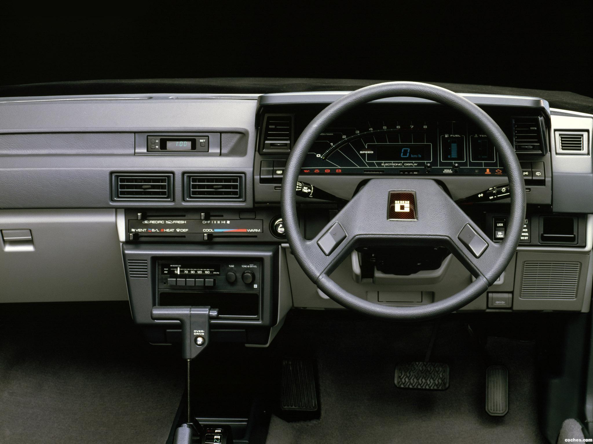 Foto 4 de Toyota Corolla 5 puertas ZX AE80-AE81 1983