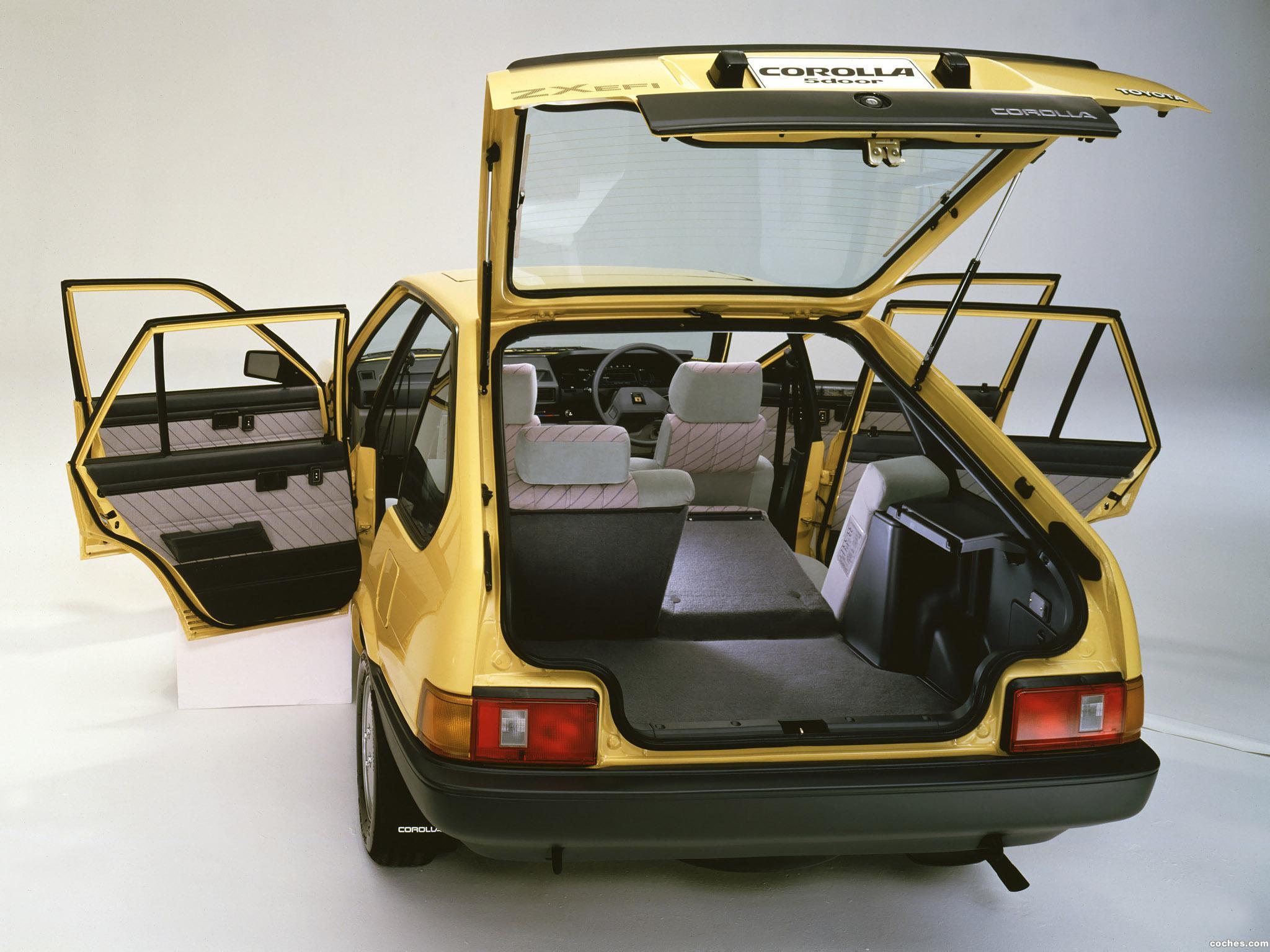Foto 1 de Toyota Corolla 5 puertas ZX AE80-AE81 1983