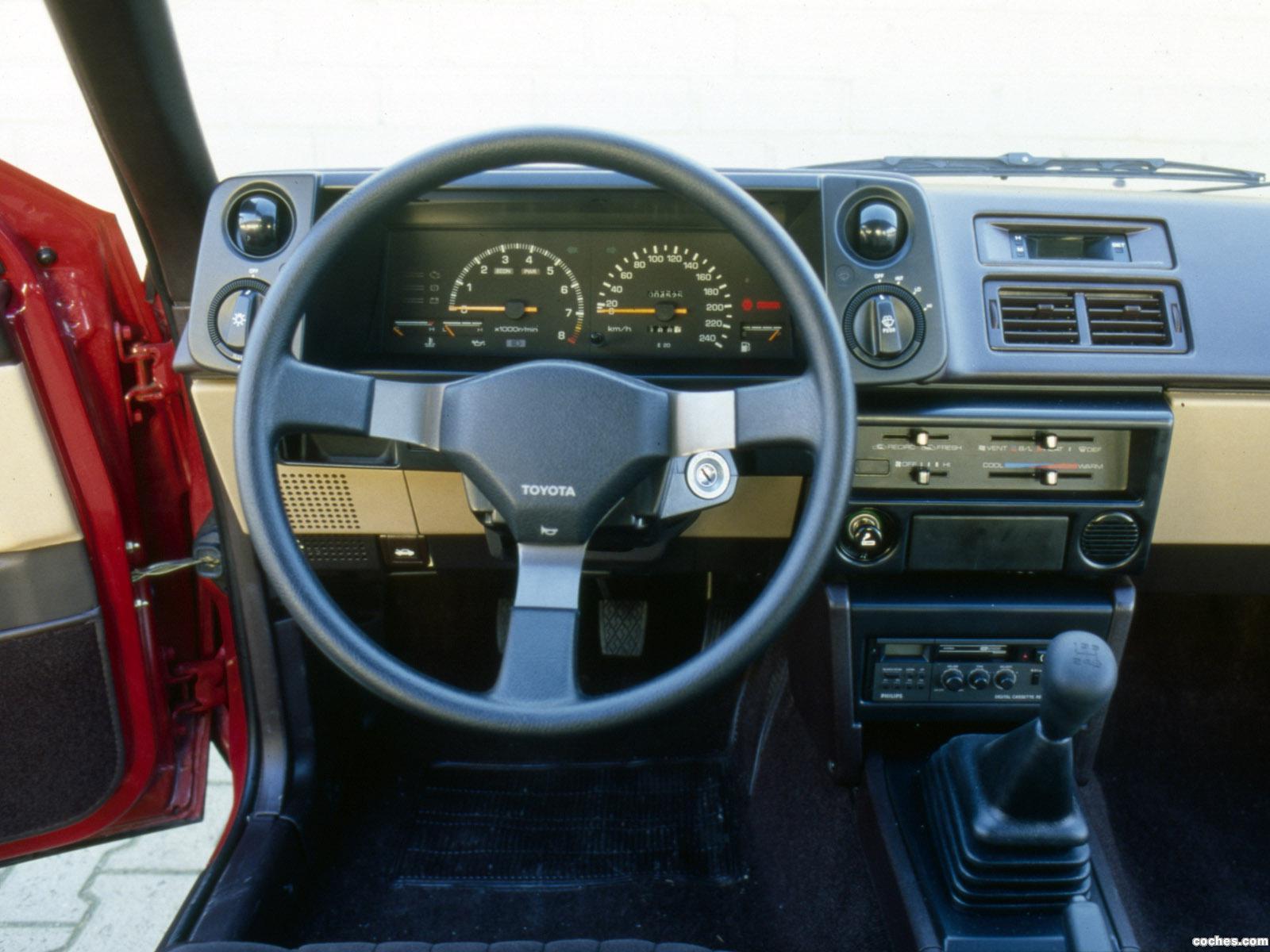 Foto 1 de Toyota Corolla GT 16V 1983