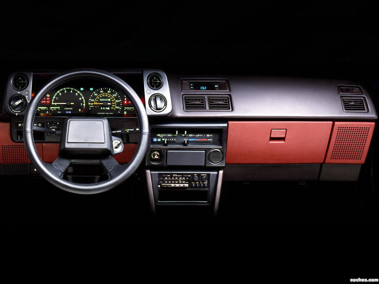 Foto 7 de Toyota Corolla GT-S Sport Liftback AE86 1985