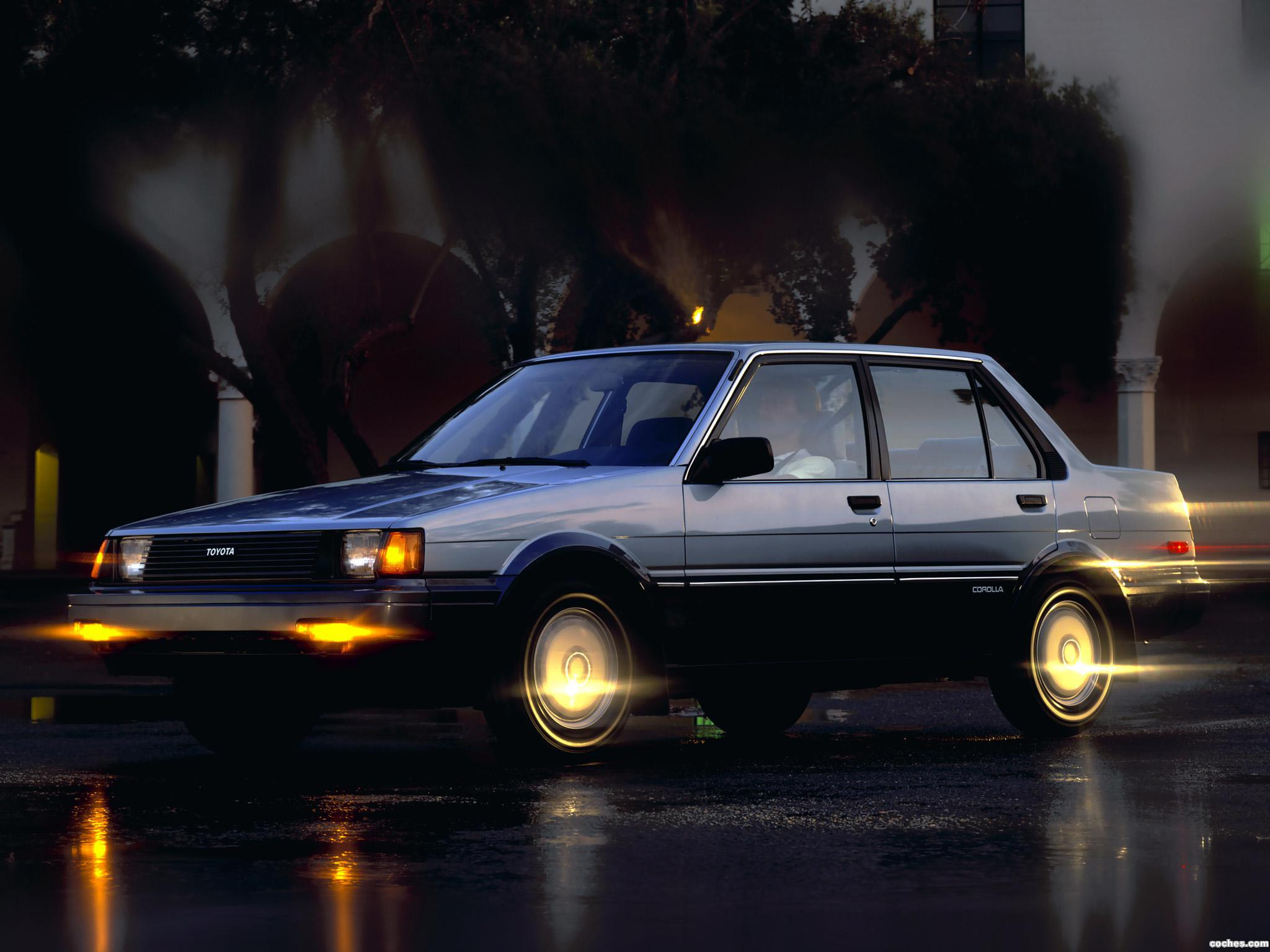 Foto 0 de Toyota Corolla Sedan USA 1983