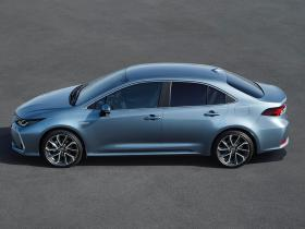 Ver foto 3 de Toyota Corolla Sedan Hybrid 2019