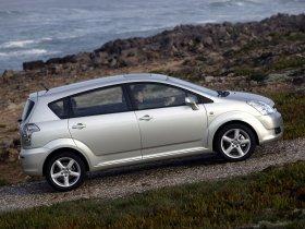 Ver foto 30 de Toyota Corolla Verso 2004